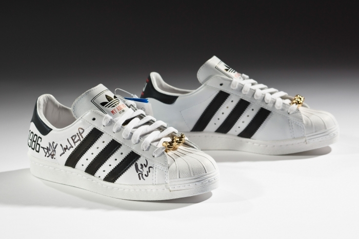 Addidas Run Dmc Shoe
