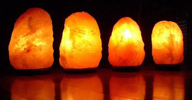 Himalayan Salt Lamp For Sleep : How To Use Salt Lamps For Mental Clarity And Better Sleep - Higher Perspective