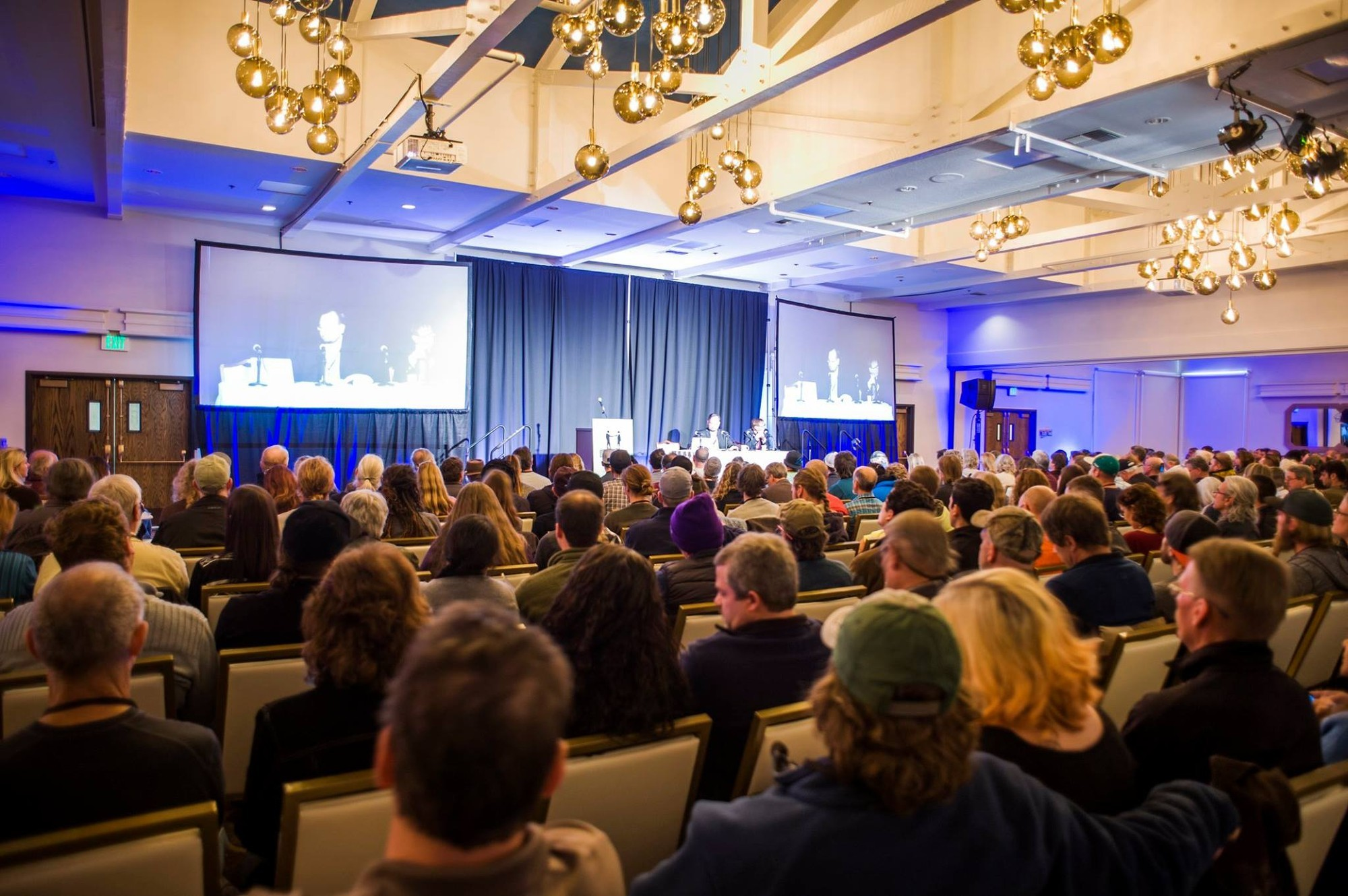 10 Tips For Making The Biggest Impact At Your Next Cannabis Conference