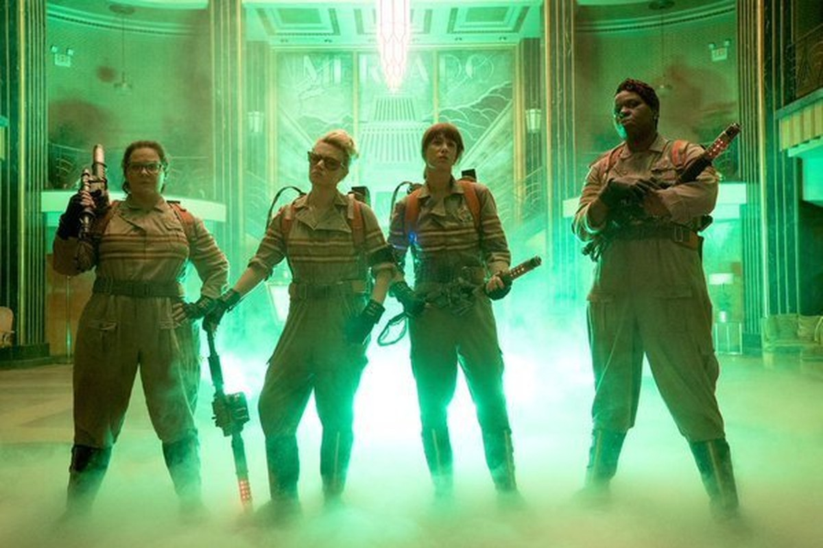 Here's Your First Glimpse of the New 'Ghostbusters' Cast In Action