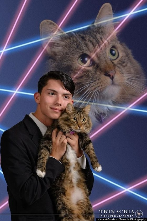 Cool High School Student Wants Senior Picture With Beloved Cat In Hairstyles For Women Draintrainus
