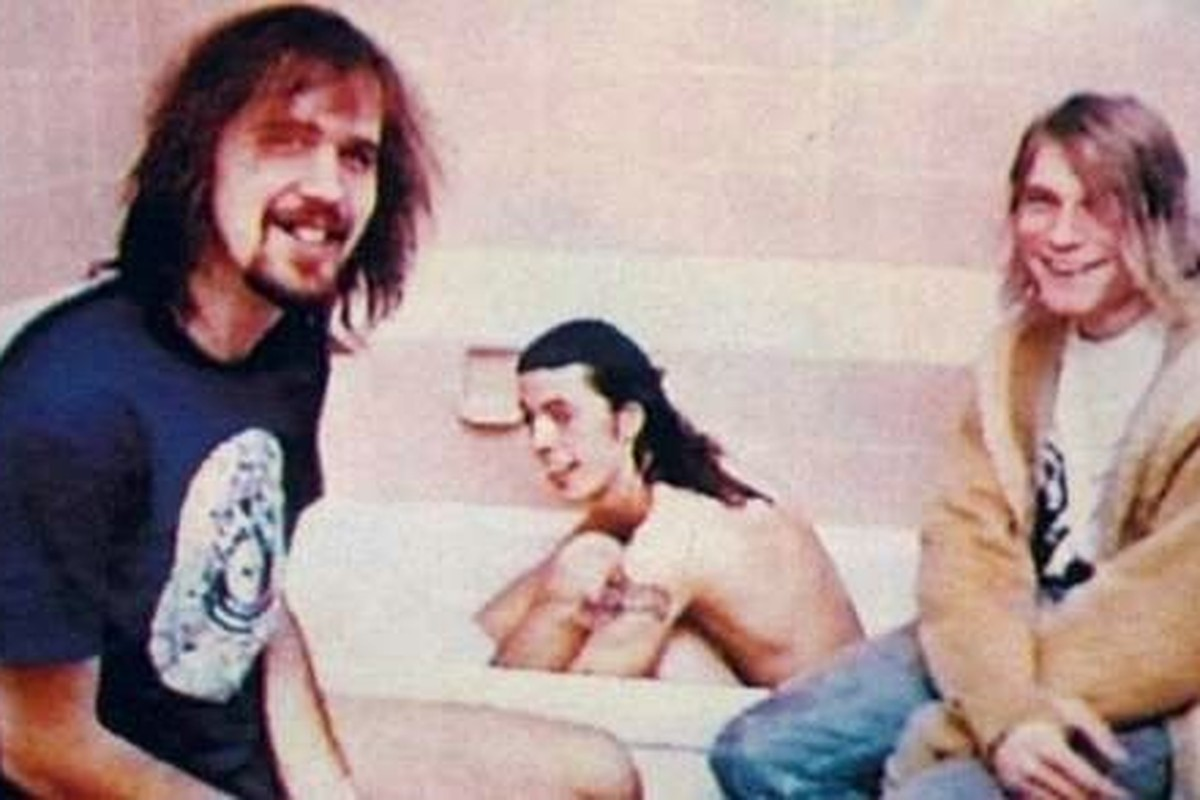 Happy Birthday to Kurt Cobain: Nothing Better Than Nirvana Getting Interviewed In A Bathroom