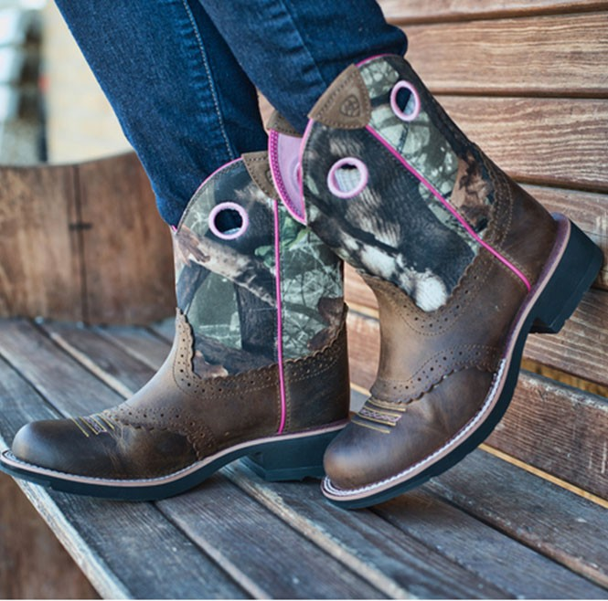 Buying Guide: Wide Calf Boots - One Country