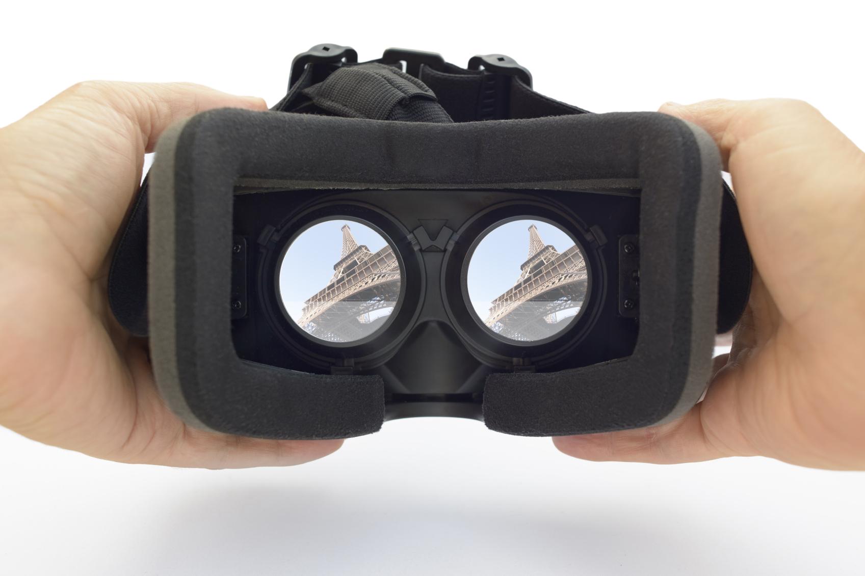 f9a5c19e34a Samsung Gear VR vs Google Cardboard  Best VR Headsets to Buy - Gearbrain