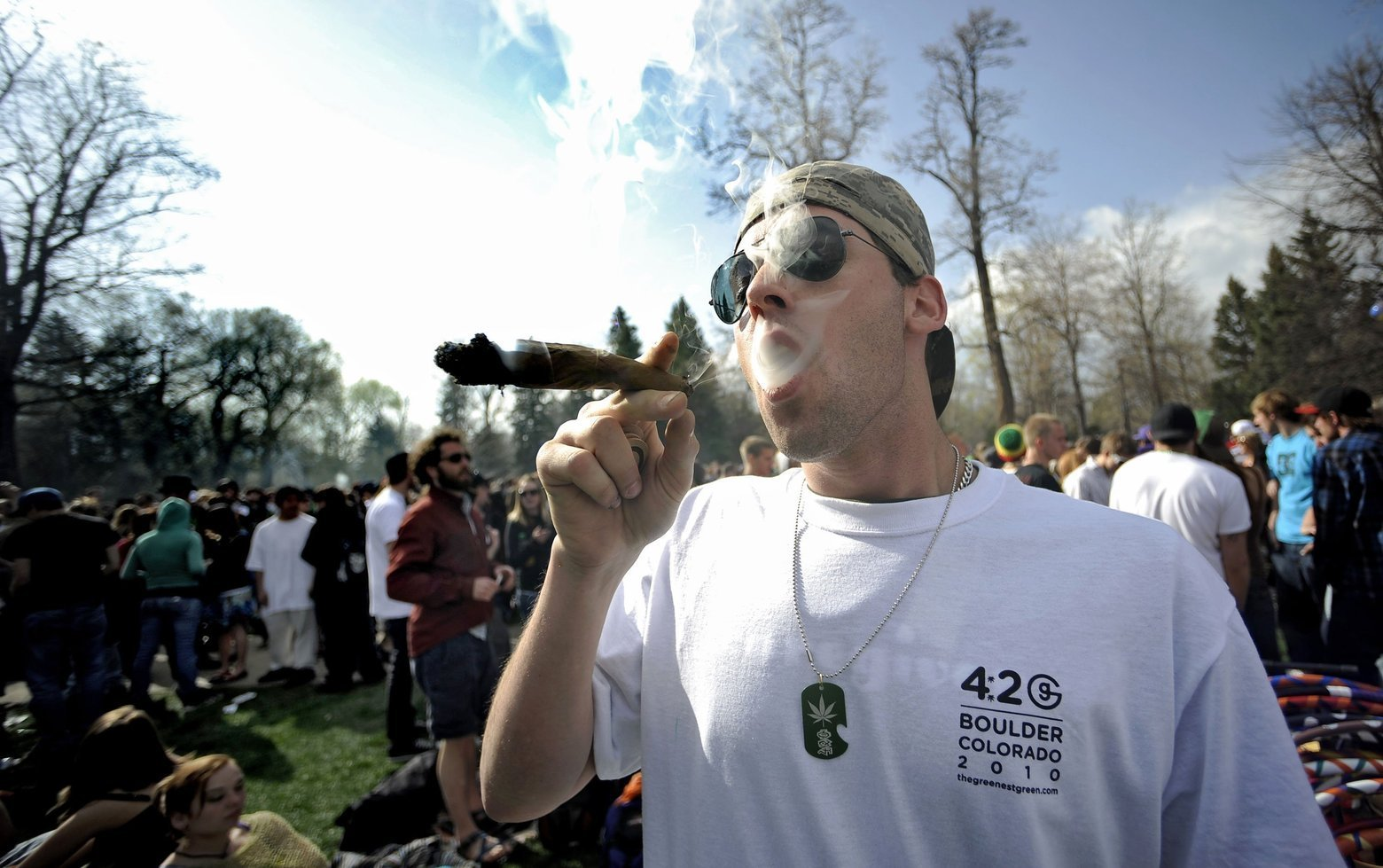 Despite Everyone's Best Efforts on 420, There Were Zero Deaths From Marijuana
