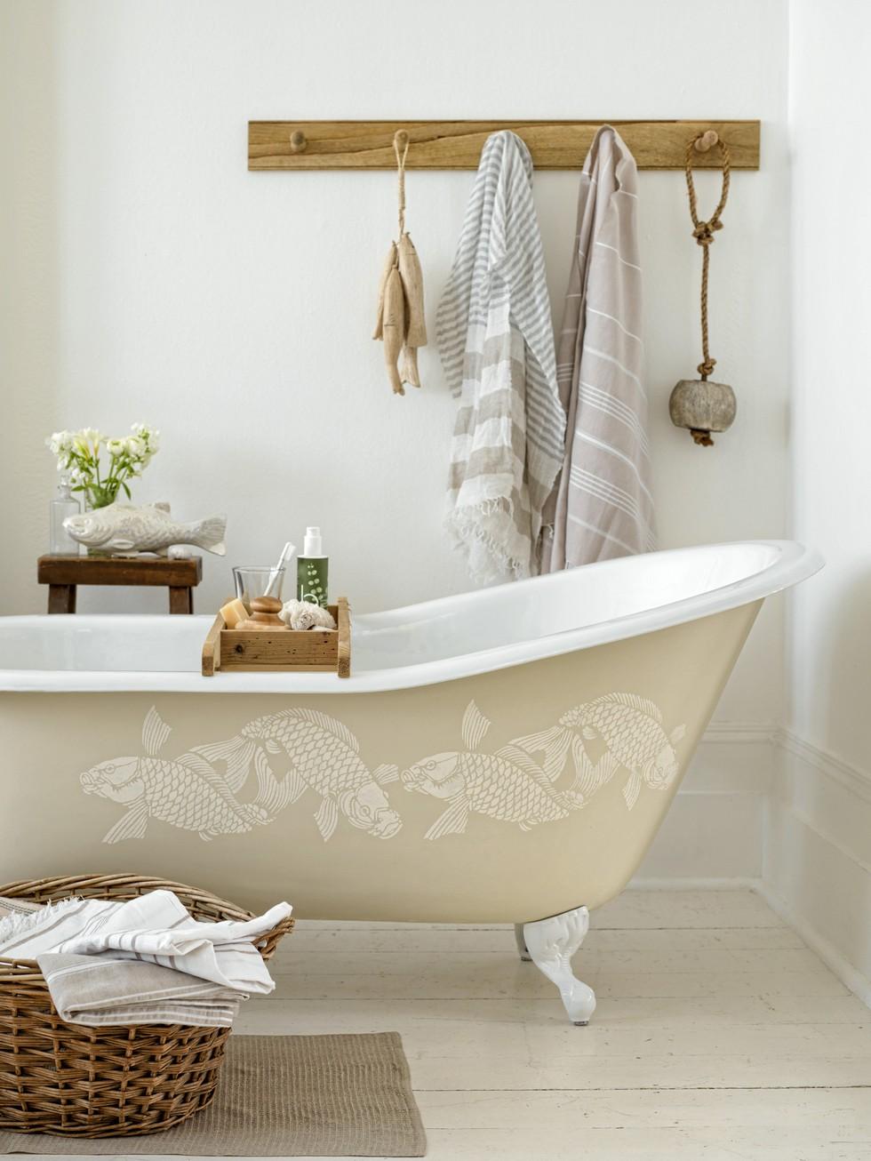 Claw Foot Tub DIY Design Ideas