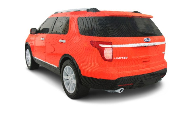 ford explorer is made from 380k lego bricks seeker. Black Bedroom Furniture Sets. Home Design Ideas