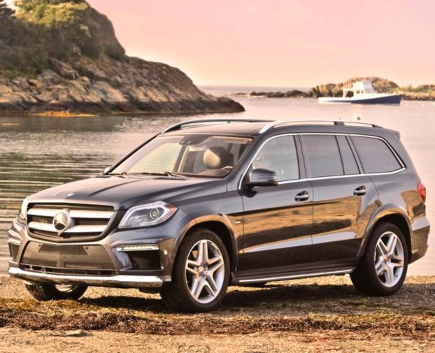 2013 mercedes benz gl class named motor trend suv of the year seeker. Black Bedroom Furniture Sets. Home Design Ideas