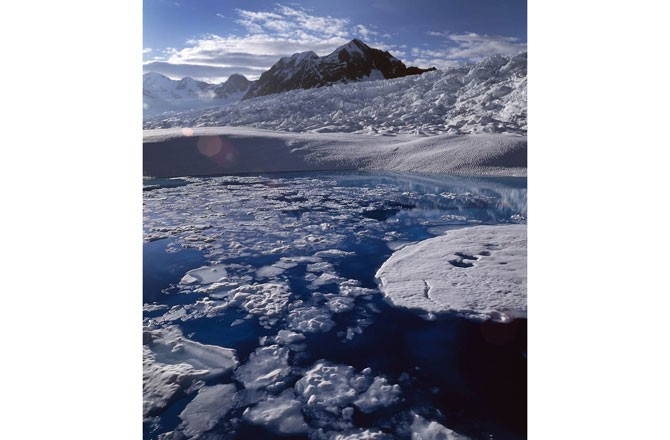 glaciers causing rise of sea level Ice melt from small glaciers and ice caps will be the dominant cause of sea-level rise this century, according to new research scientists have previously suggested that the ice sheets of antarctica and greenland would be most responsible for rises as the earth warms, as they hold the overwhelming majority.