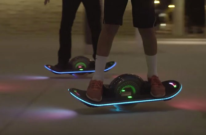 one wheeled skateboard rides like a hoverboard seeker. Black Bedroom Furniture Sets. Home Design Ideas
