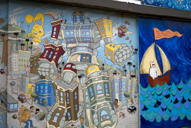 Take A Walking Tour Of The Mission S Vibrant Street Art 7x7 Bay Area