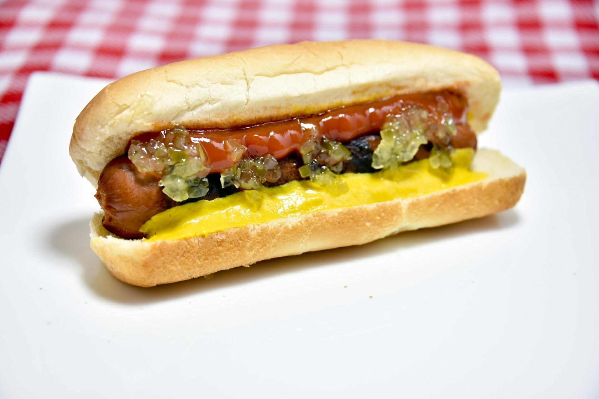 Jimmy Fallon Addresses the Raging Debate: Is A Hot Dog A Sandwich?