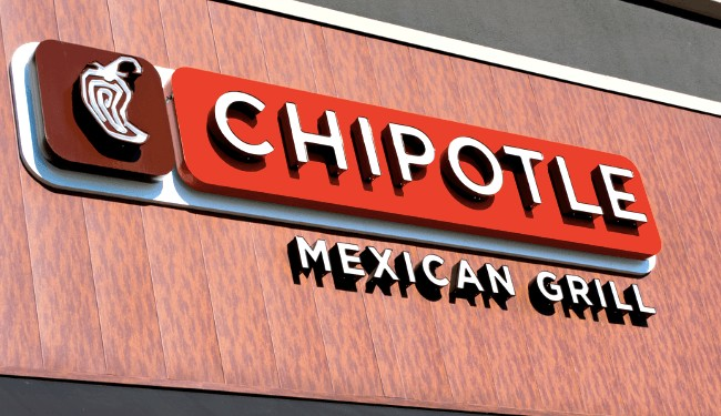 Chipotle Becomes First Fast Food Chain To Go Gmo Free Ecowatch