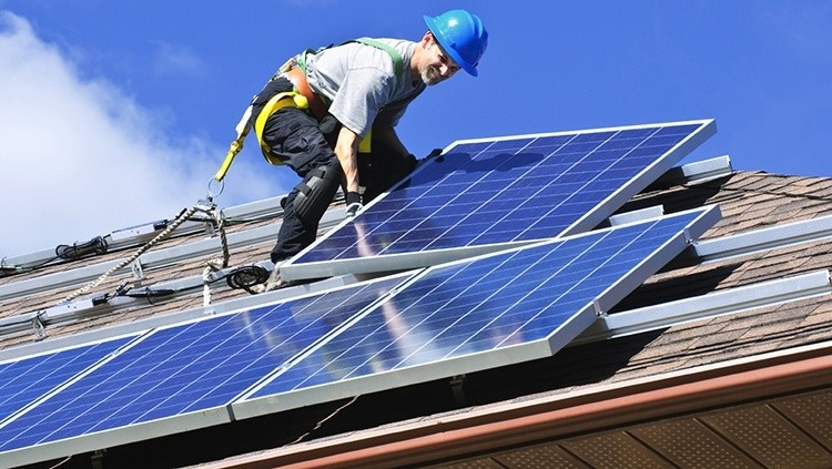 Exceptional Rooftop Solar Wars Continue
