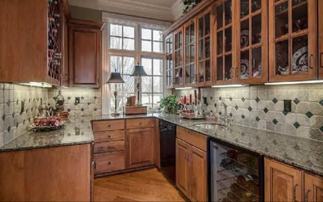 Lambert Home miranda lambert and shelton buy stunning nashville home