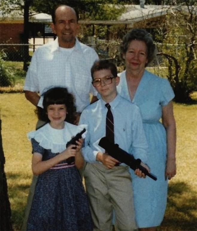 Naked Awkward Family Photos