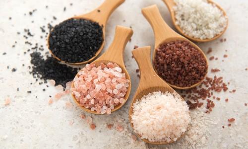 Sea Salt vs. Table Salt: Which Is Healthier?
