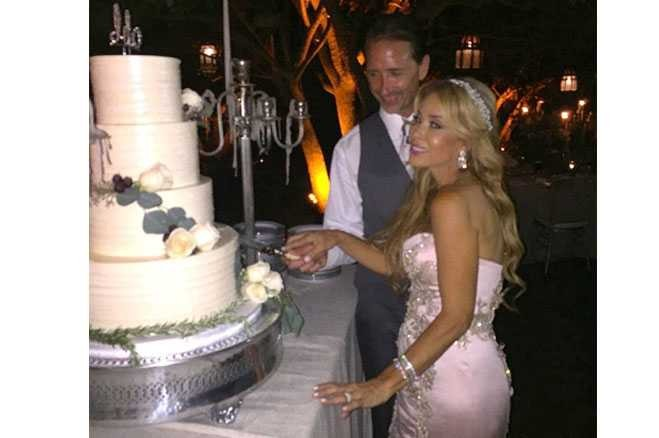 Fourth Timeu0027s A Charmu2014Faye Resnicku0027s Wedding Officiated By Kris Jenner    Popdust