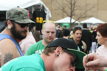 Ganjapreneurs Say The High Times Cannabis Cup Was A Total Buzzkill