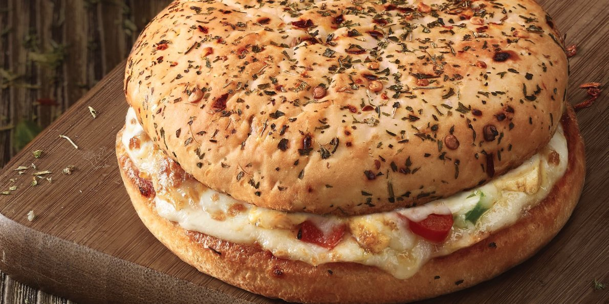 Is It a Burger? Is It A Pizza? It's Both and the Internet Is Going Nuts