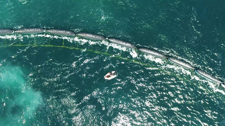 World's First Aerial Survey of Great Pacific Garbage Patch ...