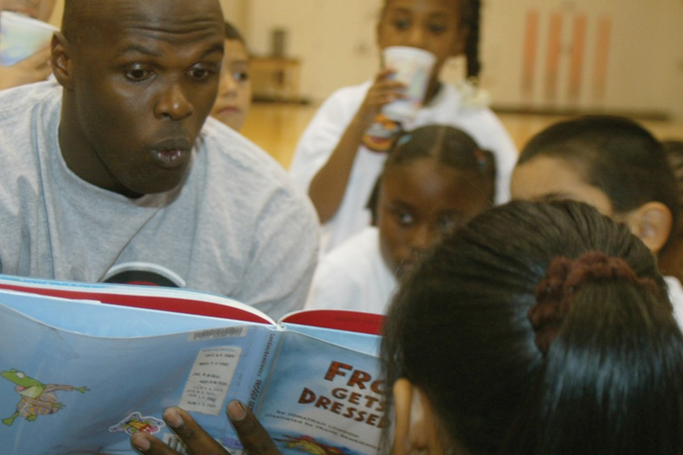 Adonal Foyle reads to Boys and Girls Clubs