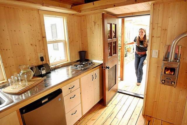 Crafty Girl Builds Tiny House Donates It To Homeless