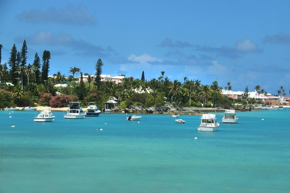 Boats docked on the shore of Bermuda