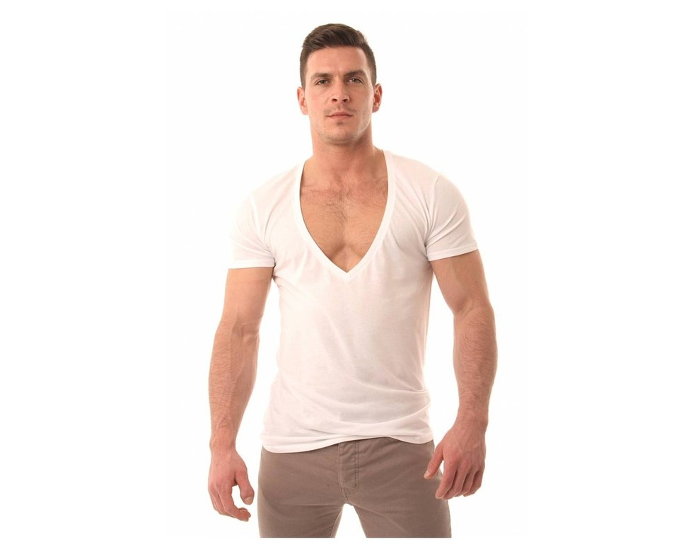 Want To Impress Her Don 39 T Wear These 10 Articles Of