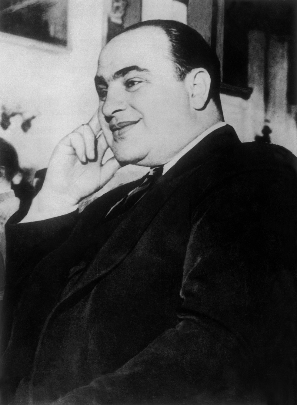 a biography on al capone a notorious gangster On january 17, 1899, one of the most notorious and dangerous gangsters in  american history, al capone, was born in brooklyn, new york.
