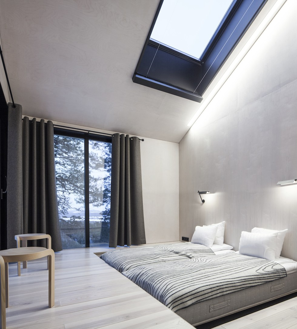 this snøhetta-designed, glass hotel room in sweden is everything