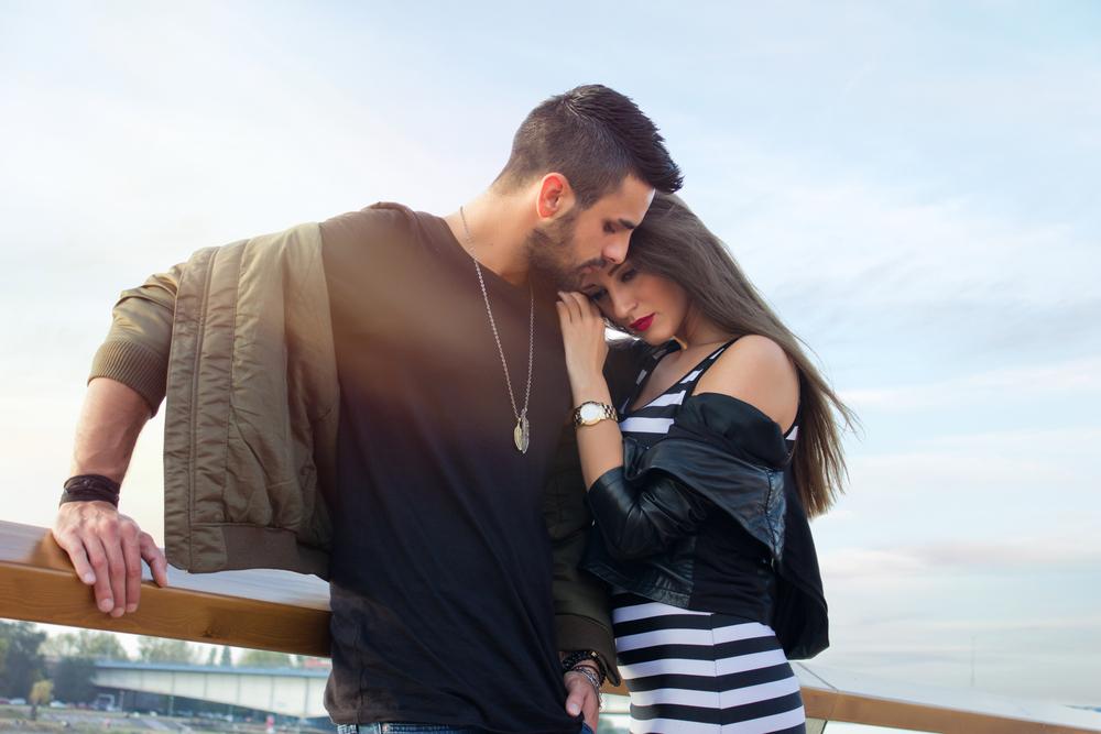 5 Things A Man Does When He Has Fallen In Love
