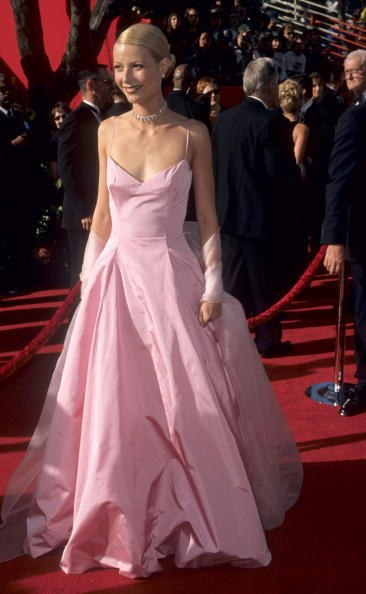 Gwyneth Paltrow in Ralph Lauren at the 71st Academy Awards (1999)