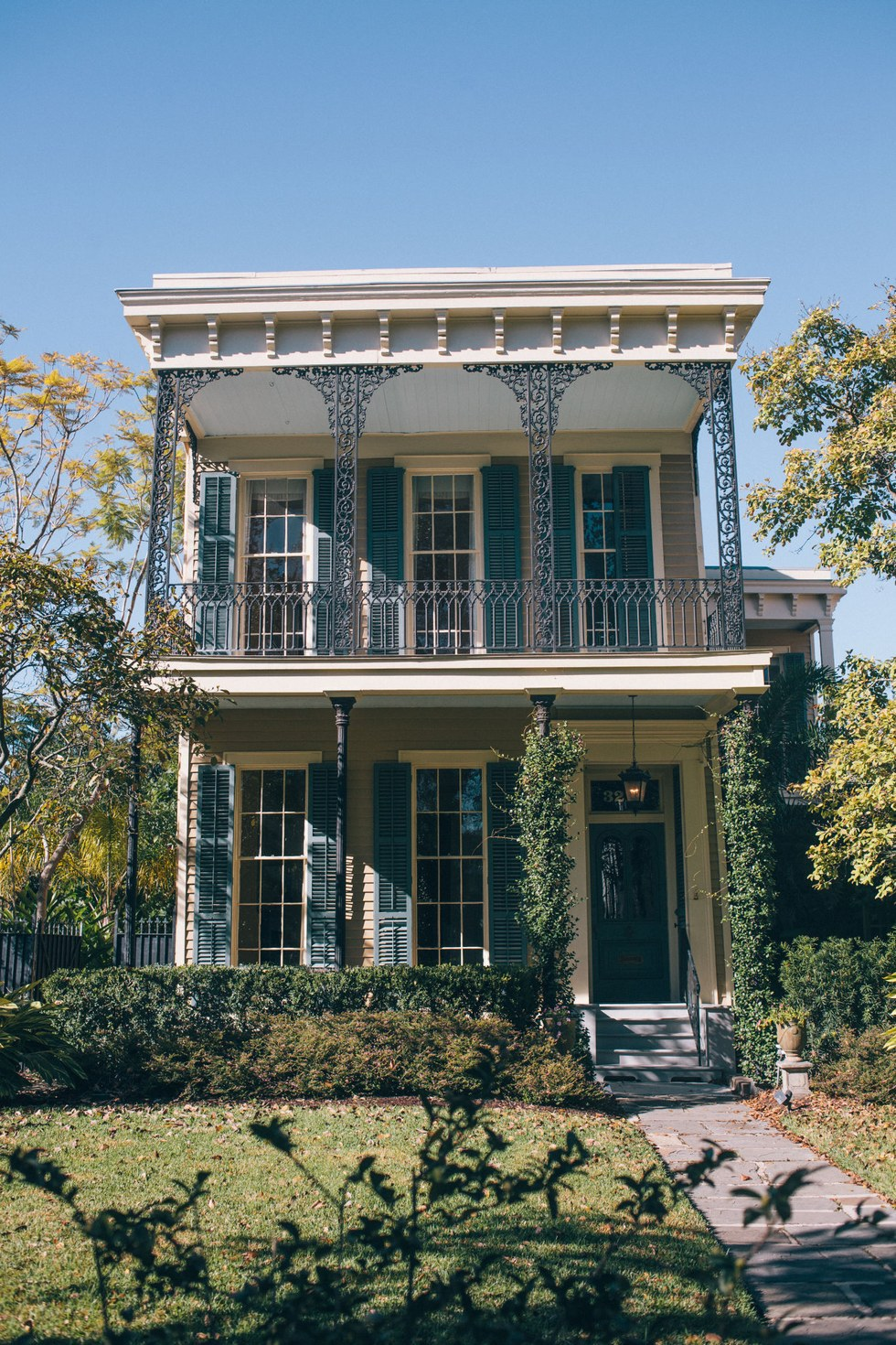Garden District architecture