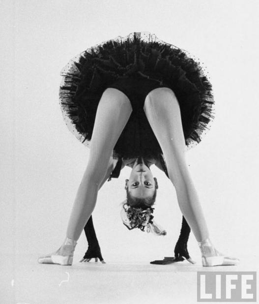 Dance Spirit Leclercq Costume Bouree Fantasque 1951 Photo Gjon Mili