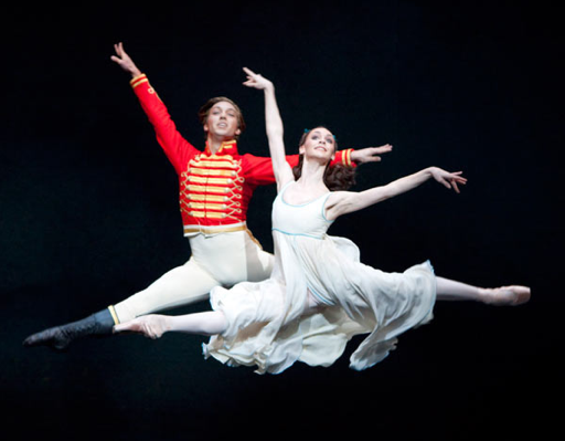 Battle of the nutcrackers dance spirit ludovic ondiviela and elizabeth harrod in the royal ballets the nutcracker photo by johan persson solutioingenieria Image collections