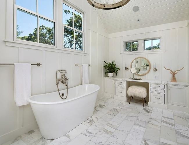 A metropolitan farmhouse starts a trend in silicon valley for Bathroom design 7x7