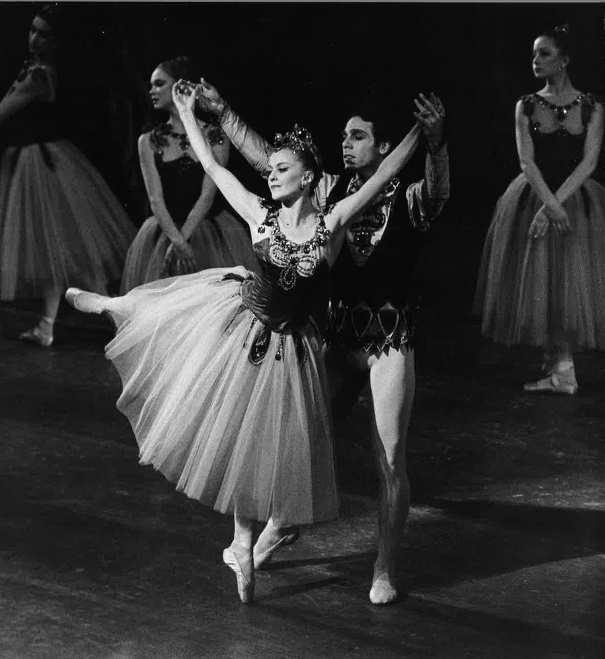She danced as a principal with Roland Petit Ballets de Champs Elyees,  London Festival Ballet and Ballet Rambert before moving to the U.S to join  American ...