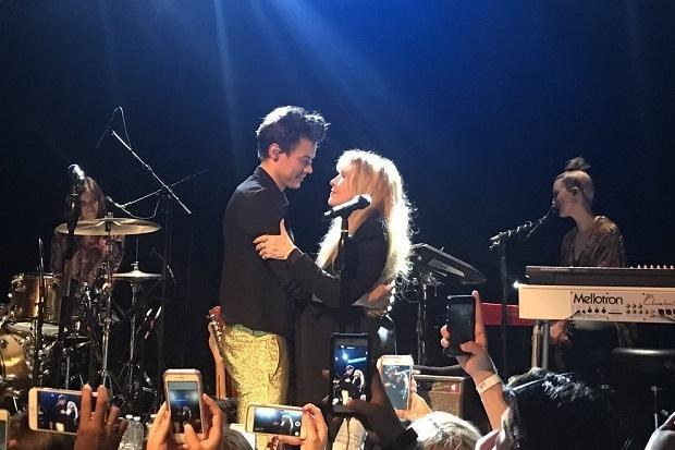 Harry Styles and Stevie Nicks Share an Intimate 'Leather and Lace' Moment