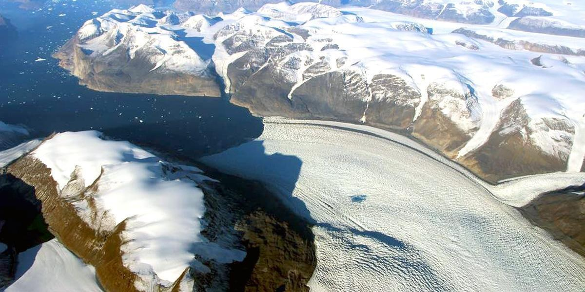 NASA Finds New, Frightening Way Glaciers Are Melting in Greenland